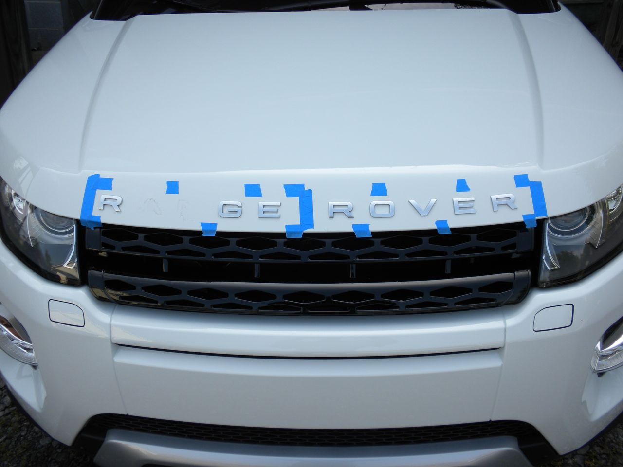 black range rover badge installation