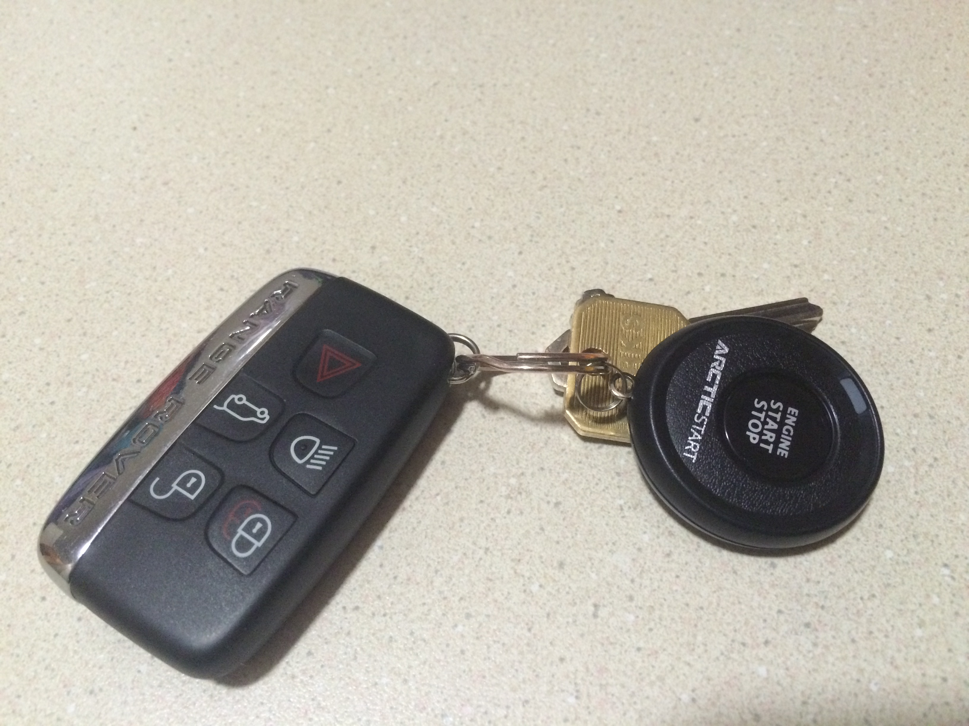 Name:  2014 12-09 Evoque Remote Start (1).JPG