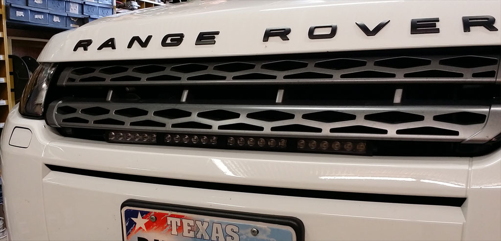 Name:  pure-evoque-19inch-led-light-bar-range-rover-visibility.jpg Views: 6327 Size:  85.8 KB